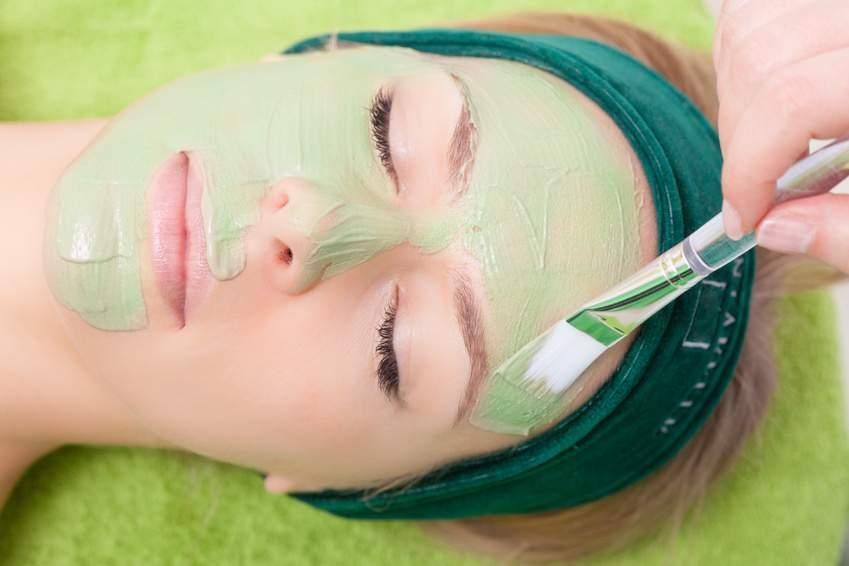 Remineralising & rejuvenating mineral facial