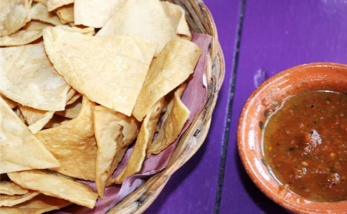 Low Carb Challenge - toasted tortilla chips with chilli dip